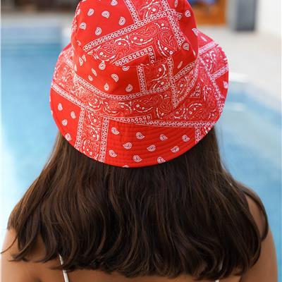 כובע טמבל בהדפס בנדנה