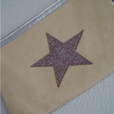 תיק איפור כוכב ניוד