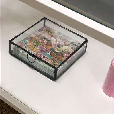 קופסא לתכשיטים מזכוכית